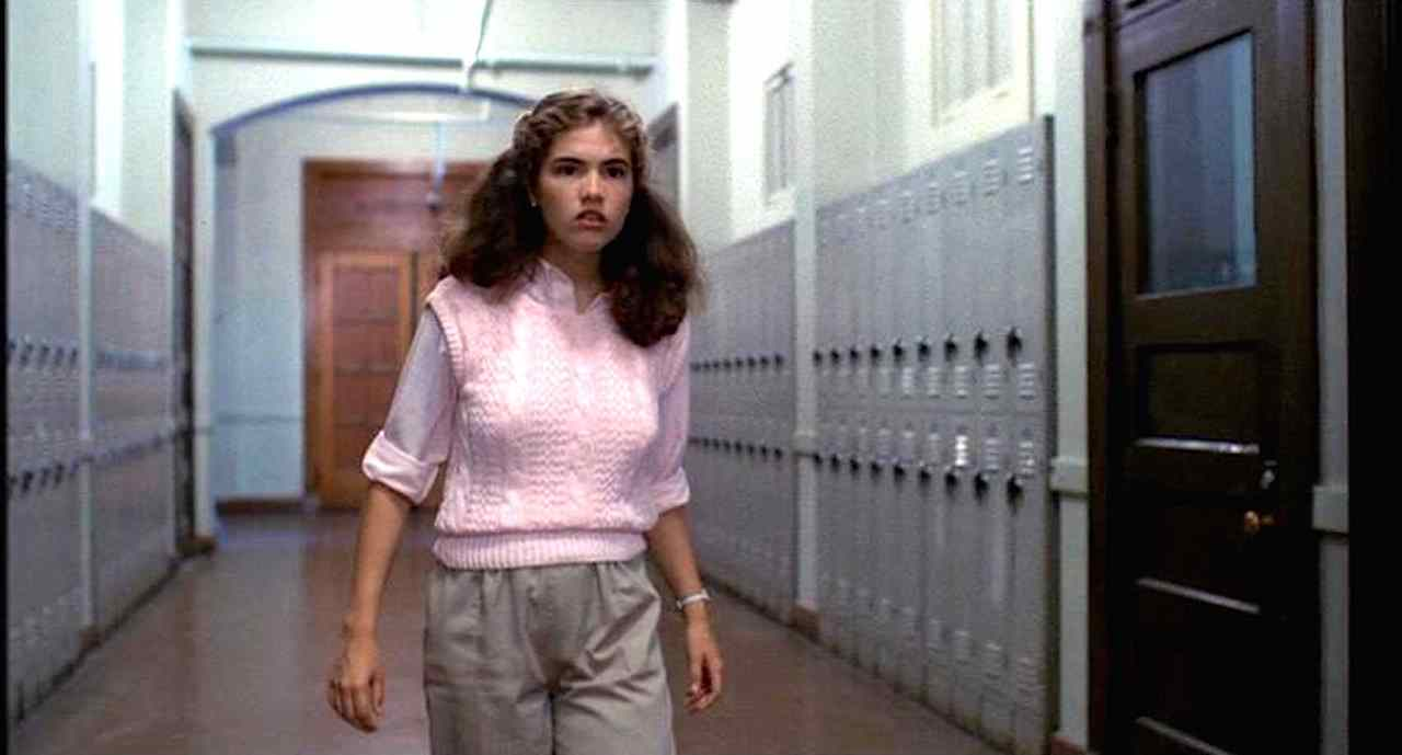 Nancy (Heather Langenkamp) at school in Wes Craven's A Nightmare on Elm Street.