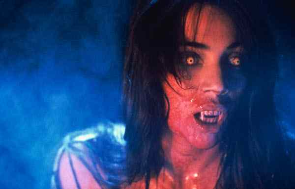 Regine Dandridge in Fright Night II