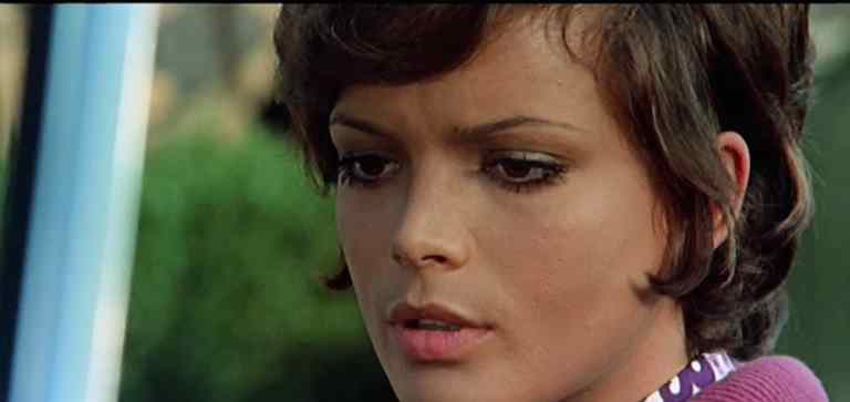 An image from Umberto Lenzi's Seven Bloodstained Orchids.