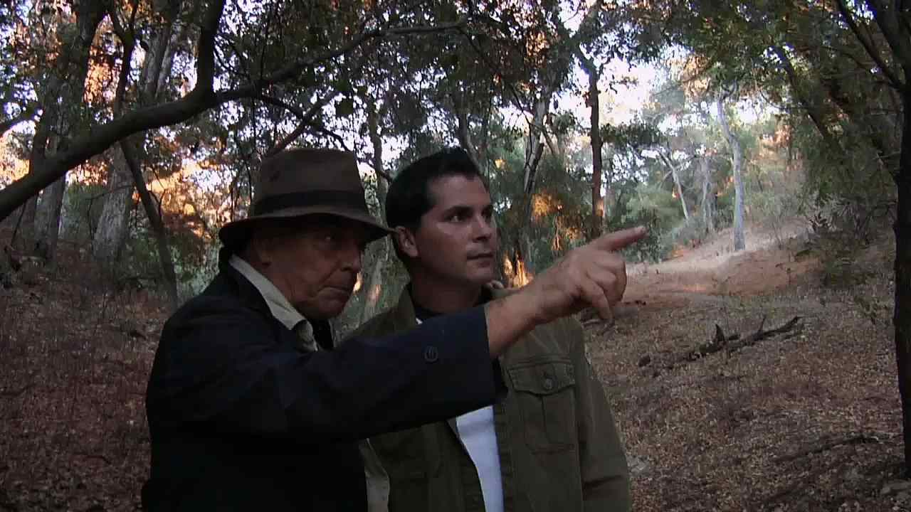 Adam Green and Ray Wise in Digging up the Marrow