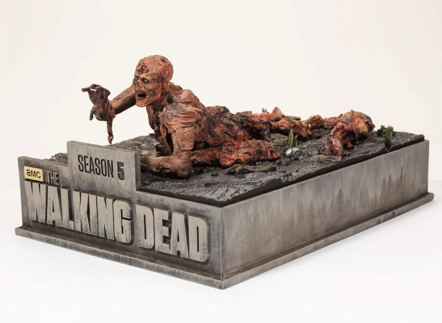 The Limited Edition of The Walking Dead Season 5 Blu Ray, created by McFarlane Toys